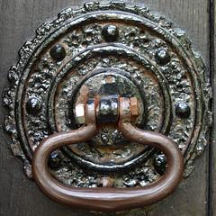 Doorhandle (chrisinplymouth) Tags: door old uk england metal circle handle plymouth devon round squaredcircle squircle plympton doordetail cw69x