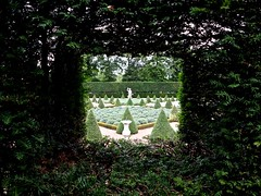Lavender Garden, Ham House (Tim Richey) Tags: house london statue garden view hole formal lavender ham hedge symetrical organised