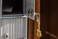 Open (Vanili11) Tags: 52weeks2017 key open mailbox