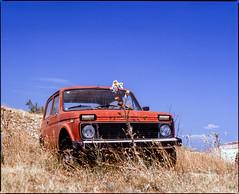 Stinica, Croatia. (wojszyca) Tags: mamiya rz67 6x7 120 mediumformat 110mm polariser bw kodak ektachrome e100g gossen lunaprosbc epson v800 car auto soloparking carspotting sky heat