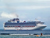 Diamond Princess (Everyone Shipwreck Starco (using album)) Tags: kapal kapallaut kapalpesiar ship cruiseship diamondprincess