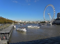 River Thames. (Eddie Crutchley) Tags: europe england london outdoor river riverthames boats londoneye blueskies simplysuperb greatphotographers
