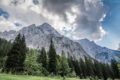 Wilder Kaiser III (evolvingLight) Tags: sky mountain nature rock landscape climb österreich scenery outdoor natur hike berge kaiser fels landschaft wilder kufstein kaisergebirge