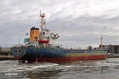 Nur (Raidance) (das boot 160) Tags: sea port docks river boats boat dock ship ships birkenhead maritime alfred mersey docking nur rivermersey alfredbasin merseyshipping raidance alfredlock