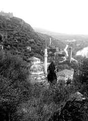 Pocitelj Bosnia 15  672 (Chris Belsten) Tags: village minaret bosnia unesco balkans bih moslem pocitelj herzegovinia