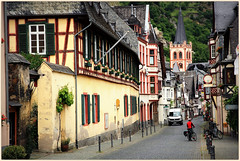 Bacharach, vallée du Rhin, Rhénanie-Palatinat, Deutschland, Germany (claude lina) Tags: church germany deutschland maisons rue église bacharach colombages rhénaniepalatinat valléedurhin