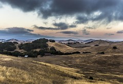 California (Juan Sebastian Elcano) Tags: california hill paisaje hills colina atarecer eeuu colinas