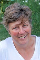 Fiona # 65 in my 100 strangers series (Finding Chris) Tags: gardens training education farm environment ecological beekeeping walworthgardenfarm 100strangers flickr100strangers