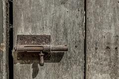 Cerrojo (Sandra Garca Fotografa) Tags: door wood puerta madera lock oxido