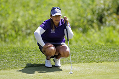 Lizette Salas lines up putt at Kingsmill (arguss1) Tags: golf upskirt lpga