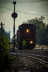 the coming-in shots-2 (johnfromtheradio) Tags: ic illinois central cn canadian national freeport broadview train locomotive