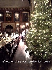 Harry Potter's Great Hall at Christmas (john shortland) Tags: harrypotter great hall christchurch oxford lifeintheenglishcotswolds christmas tree dining table chairs portraits pictures tudor films