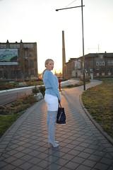IMG_4021 (AndyMc87) Tags: blonde beauty high heels overknees sunset raunheim ruin gateway garden fashion model