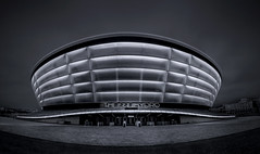 Mothership (Glenn D Reay) Tags: thehydro glasgow riverclyde scotland blackandwhite monochrome silverefexpro2 compactcamera olympus xz10 architecture city curves glennreay