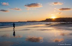 Atardecer en Conil (AvideCai) Tags: atardecer mar playa paisaje cielo nubes cádiz conil tamron2470 avidecai