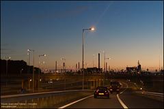 Motorway A15 near Hoogvliet (05) (Mark van der Meer) Tags: urban haven cars night harbor rotterdam highway motorway nacht nederland freeway infrastructure nl snelweg zuidholland autosnelweg infrastructuur a15 portofrotterdam hoogvlietrotterdam