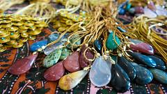 SAM_0531 (Reis Fotografia) Tags: arte artesanato hippie palha colar pedra pedras ouro missanga pedraria