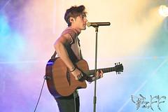 Luces (Tiffany G. Photography) Tags: luces escenario concierto bajo guitarra piano grupo voz andres canto cantante dvicio