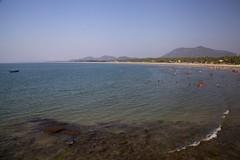 Murudeshwar Beach (jeet_sen) Tags: sea sand beach people sun travel india karnataka mangalore udupi malpe murudeshwar honnavar kundapura kodi kapu tourism island konkan