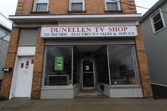 Dunellen, New Jersey (Laura Gonzalez/ PBNPhotography) Tags: dunellennewjersey dunellen architecture piscataway newjersey middlesexcounty industry industrial manufacturing company