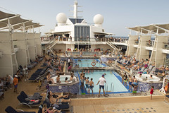 102/105 01-01-2017 Caribbean Sea (Mark Hewson) Tags: celebrity equinox pool