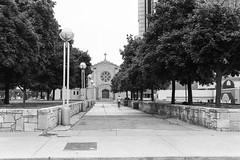Mariners' Church of Detroit. (Detroit Imagery) Tags: trix400 nikonfe2 35mmfilm