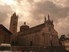 Duomo San Cerbone durch die Sonnenbrille (1elf12) Tags: toskana tuscany italy italien sancerbone duomo massamarittima sepia dom kathedrale cathedral church kirche italia toscana