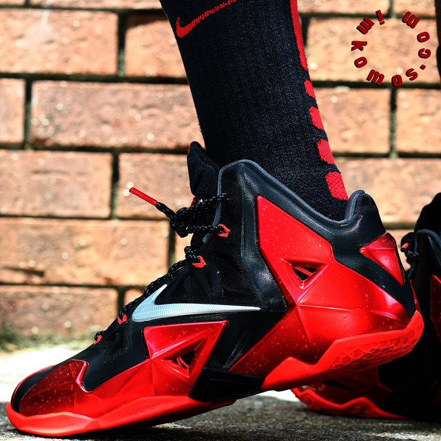 YouTube Review Up 👉imkomos.com LeBron 11 Away