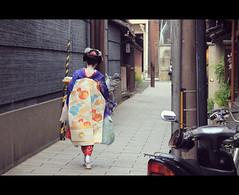 Maiko Chiyoko-san (Kyoto, Japan) (Shanti Basauri) Tags: street girls summer woman girl japan japanese kyoto dress candid traditional young makeup clothes maiko geisha  yukata  kimono obi gion tradition kioto cinematic kansai matsuri chiyoko  2014 japn   kanzashi japonia  kyto    hanamikojidori gionkobu    chiyokosan  hamanikojidori
