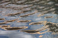 Eloge de la fuite, tableau imaginaire (tableaux.imaginaires) Tags: sea mer abstract reflection art nature water colors eau waves natural reflet abstraction ripples astratto vagues reflexion reflets couleur reflejos abstrait fuite spiegelungen reflessi tableauimaginaire boatrflections