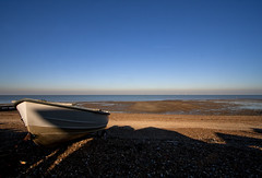 Lone boat on Whitstable beach (David Rosen Photography) Tags: boat beach whitstable seascape landscape travel uk efs1022mm