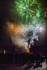 feu d'artifice (louis.labbez) Tags: 2016 labbez neuvilly feu dartifice fusée spectacle nuit vert orange spectateur noël fête nord france firewoks new year bonne année
