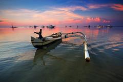 Semawang Beach, Bali (KembaraAlam) Tags: semawangbeach karangbeach bali indonesia asia seascape sunrise singhray scenery sea boat ripple outdoor landscape dawn discover photography photohunt phototravel phototrip canon leefilter
