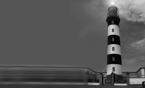 "Torres legendarias / Faros, minaretes, campanarios, rascacielos • <a style=""font-size:0.8em;"" href=""http://www.flickr.com/photos/30735181@N00/32534300355/"" target=""_blank"">View on Flickr</a>"
