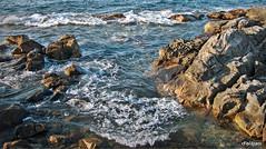 Rompiente (Franco D´Albao) Tags: francodalbao dalbao lumix mar sea rocas rocks costa coast bayona galicia olas waves rompiente breaker agua water atlántico atlantic piedra stone