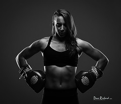 _DMR6611 (dave12skulls) Tags: fight fighter martialarts muaythai mma fighterportrait juliestlouis