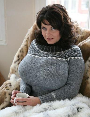 Pictures milena velba Huge Tits