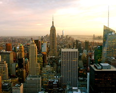 P1020183 (rachelelizabethharding) Tags: nyc newyork skyscraper dusk manhattan newyorkskyline manhattanskyline empirestate newyorksunset