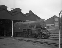 1C WATFORD SHED #2 (Xdriver2) Tags: shed loco british railways watford 1c lms fairburn 264t 42096