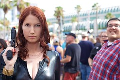 black widow (the last mandalorian) Tags: anime canon asian rebel starwars cosplay pirates flash spiderman superman harley batman stormtrooper supergirl marble darthvader trump comiccon madmax bane catwoman poisonivy darthmaul heman magneto itsatrap tmnt shera steampunk sdcc supermario 6d fearandloathing adamwest spiderwoman whereswaldo marval thejoker beatlejuice deadpool kaleel hulkbuster obijuan gwenstacy thepredator raulduke spiderisland mariachisamurai photobomb guardiansofthegalaxy daddyslittlemonster ladydeadpool acerothstein harleypool diadelosmetros ironmantheavengers iamgroote