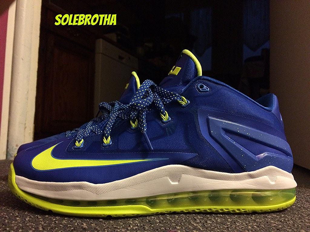 NIKE AIR LEBRON XI 11 LOW