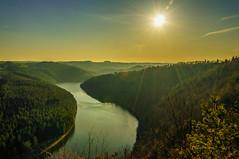 Über der Saale (berndtolksdorf1) Tags: landschaft landscape deutschland thüringen fluss wasser saale wald sonnenschein sonne himmel outdoor