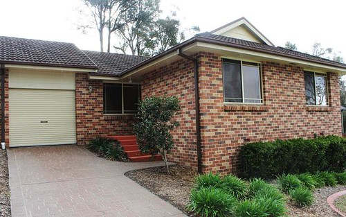 B/2 Cassam Place, Valley Heights NSW 2777
