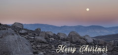 Merry Christmas (boulder crux) Tags: nikond5300 paysage landscape boulders bouldering bishop buttermilk buttermilkcountry california easternsierra fullmoon sunset