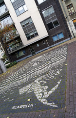 2016-11-01_15-57-52_ILCE-6300_9756_DxO (miguel.discart) Tags: 2016 27mm artderue citytrip createdbydxo crystalship dxo e18200mmf3563oss editedphoto focallength27mm focallengthin35mmformat27mm graffiti graffito grafiti grafitis ilce6300 iso160 mural oostende ostende sony sonyilce6300 sonyilce6300e18200mmf3563oss streetart thecrystalship
