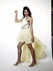 South Actress SANJJANAA Unedited Hot Exclusive Sexy Photos Set-17 (29)