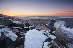 Dawn on the Tor (andy_AHG) Tags: peak district derbyshire outdoors beautiful scenery british countryside pennines hills moors edges pursuits hathersage moor higger tor yorkshire landscapes burbage valley winter snow cold snowy landscape outdoor rock formation frost carlwark