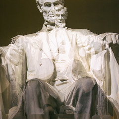 For Whom He Saved the Union (Thomas Hawk) Tags: abrahamlincoln dc districtofcolumbia henrybacon lincolnmemorial monument nationalmall usa unitedstates unitedstatesofamerica washingtondc fav10