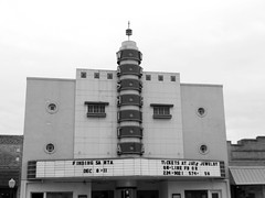 The Washita Theater in Chickasha, Oklahoma (kevinellison62) Tags: architecture building oldbuilding modernstyle modernmovement chickasha oklahoma theater