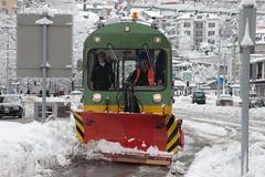 green, yellow, red/orange and snow (Dreamer7112) Tags: winter snow 20d schweiz switzerland europe suisse ttc canon20d zurich tram canoneos20d snowing zrich svizzera trams snowplough snowplow winterwonderland eos20d zurigo vbz latemarchsnow recordsnowfall
